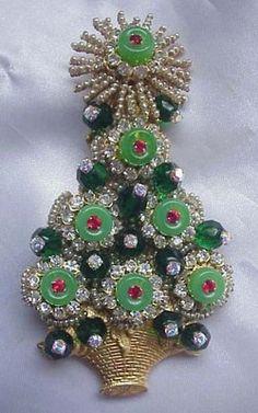 Stanley Hagler Brooch Pin Christmas Tree Xmas Green Swarovski Crystal Rhinestone