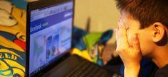 """Fransa """"çocuklarının fotoğraflarını Facebook'a koymamaları için"""" aileleri uyarıyor!"""