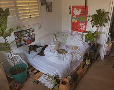 Cute Room Ideas, Cute Room Decor, Room Ideas Bedroom, Bedroom Decor, Bedroom Inspo, Room Ideias, Indie Room, Pretty Room, Aesthetic Room Decor
