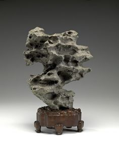 Chinese Scholar's rock 17th century. Art as Therapy.