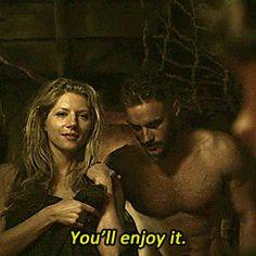 giphy.gif - Lagertha & Ragnar talking to Athelstan