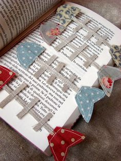 Fish bones bookmarks #sewing #fabric #applique #books