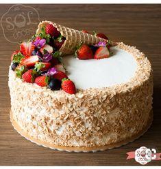 Look at how beautiful this ice cream cone cake is! Always successful through . Look at how beautiful this ice cream cone cake is! Always successful through … Schauen Sie, wie schön diese Eistüte Kuchen! Immer erfolgreich durch … 39 Source by AalaaSami Cake Cookies, Cupcake Cakes, Sweets Cake, Cake Recipes, Dessert Recipes, Decoration Patisserie, Cake Decorating Tips, Drip Cakes, Love Cake