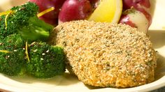 Lunch/Dinner: Epicure's Parmesan and Herb Mustard Chicken calories/serving) serve with broccoli and red potatoes Quick Dinner Recipes, Side Recipes, Lunch Recipes, Fall Recipes, Healthy Recipes, Garlic Herb Butter, Lemon Butter Sauce, Epicure Recipes, Clean Eating Chicken