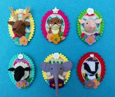 So in love with these felt animal brooches by Annie Montgomerie