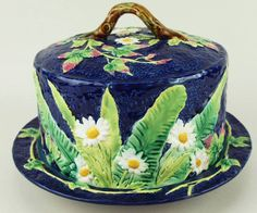 George Jones majolica banana leaf covered butter or cheese dish
