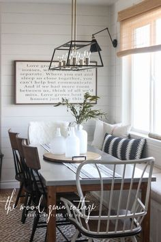New Breakfast Nook Table - The Wood Grain Cottage