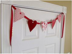 ★ Love-Themed Crafts For Valentine's Day, Romantic Dates & Home Decor   Craft Tutorials & Gifts ★