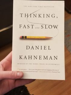 Book Nerd, Book Club Books, Books To Read, Thinking Fast And Slow, Psychology Textbook, Behavioral Economics, Financial Times, Human Mind, Knowledge Is Power