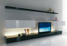 tv wandregal in schwarz weiß