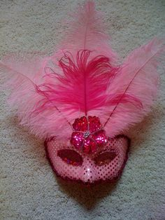 Mardi Gras Mask.  Might have to make for elizabeth when she gets older.