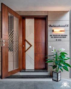 Modern Entrance Door, Main Entrance Door Design, Wooden Front Door Design, Modern Wooden Doors, Door Gate Design, Wooden Front Doors, Door Design Interior, Modern Exterior Doors, House Main Door Design