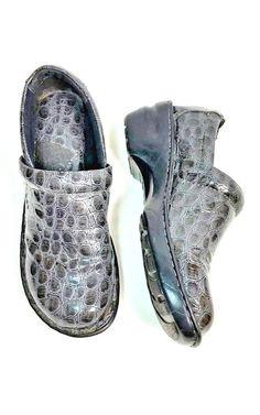 2f29240d0f51 boc Born Concept Womens Size 9.5 Clogs Gray Faux Snake Skin Slip On Nurse  Shoes