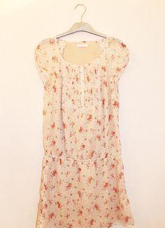 A vendre sur #vintedfrance ! http://www.vinted.fr/mode-femmes/robes-mini/19972728-robe-tunique-beige-a-fleurs-promod