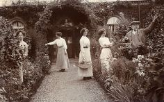 The Gardeners by lovedaylemon, via Flickr