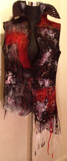 HAND FELTED CLOTHES | Nadin Smo