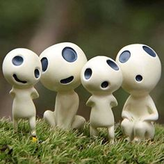 Keep your potted plant or garden terrarium safe with the help of the Kodama spirits! These garden ornaments come in a set of four miniature figurines that resemble the sinister forest spirits seen in Princess Mononoke.