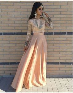 Inspirations and looks for Pakistani people by Pakistani people. Indian Wedding Outfits, Pakistani Outfits, Indian Outfits, Indian Weddings, India Fashion, Ethnic Fashion, Asian Fashion, Indian Attire, Indian Wear