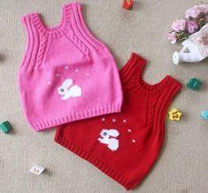 17 Ideas Crochet Bebe Barboteuse For 2019 Baby Cardigan, Knit Baby Dress, Baby Pullover, Knit Vest, Diy Crafts Knitting, Knitting For Kids, Baby Knitting Patterns, Crochet Stitches, Knit Crochet