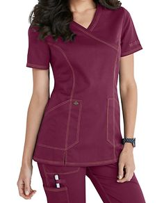 Shop for solid scrub tops in vibrant colors and comfortable styles at Scrubs & Beyond. We carry solid scrub tops made by all of the most trusted brands. Scrubs Outfit, Scrubs Uniform, Medical Uniforms, Work Uniforms, Yoga Scrub Pants, Cute Scrubs, Iranian Women Fashion, Uniform Design, Medical Scrubs