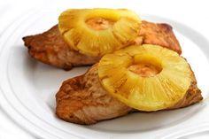 Teriyaki Pineapple Salmon, 4 ingredients! The flavors of teriyaki, pineapple juice and lemon create a fabulous, easy marinade and glaze. Each serving, 260 calories, 9g fat & 6 Weight Watchers POINTS PLUS. http://www.skinnykitchen.com/recipes/teriyaki-pineapple-salmon-4-ingredients/