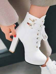 Fancy Shoes, Pretty Shoes, Crazy Shoes, Pink Ankle Boots, High Heel Boots, Shoe Boots, Fashion Heels, Fashion Boots, Sneakers Fashion