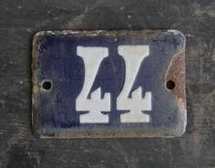 Oud nummerbord 44
