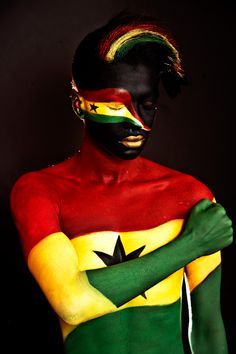 Ghana flag man in my short film Meet the world flag people Out Of Africa, West Africa, We Are The World, People Of The World, African Inspired Fashion, African Fashion, Ghana Flag, Indigenous Tribes, Black Artwork