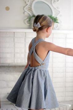 Am Sonntag Pinafore mädchenkleider Mädchen Kleinkind | Etsy