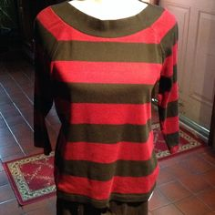 Chaps Tee Black/burgundy striped tee has 3/4 sleeves and wide black banded scoop neck. 100% cotton. Size L. Excellent condition. Worn twice Chaps Tops
