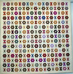 My Patchworks & Quilts.  'The Royal Quilt' by Kari Bjorner of Denmark.  Look for other quilts on the page.