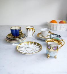 I've barely come up for air these past couple weeks (New Year's resolutions are REAL for a lot o' people guys). And I continue to feel like the most fortunate person 'cause what's better than being preoccupied with the fulfillment of one's purpose? Maybe these sweet vintage demitasse cups but probably nothing.