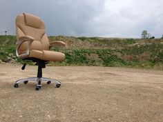 Investice do vlastního zdraví a většího pohodlí při práci: špičkové ergonomicky tvarované kancelářské židle. Špičkové kancelářské židle