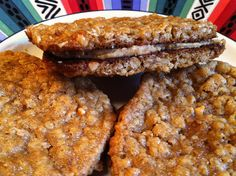 Oatmeal & Peanut Butter Cookie sandwiches... so easy! :)