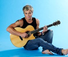 Bobby van Jaarsveld live in Port Elizabeth Bobby, Man Candy Monday, Fashion Art, Mens Fashion, Port Elizabeth, Hottest Male Celebrities, Gorgeous Men, Barefoot, My Eyes