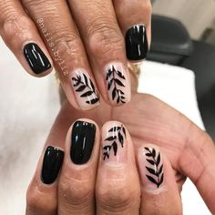 "109 Likes, 2 Comments - Liz Henson (@nails.byliz) on Instagram: ""Ummmm yes. Pinterest inspired  . . . . #nails #gelnails #nailstagram #naturalnails #gelpolish…"""