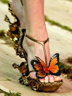 Alexander McQueen #Shoes Crazy Shoes, Me Too Shoes, Wedge Boots, Shoe Boots, Shoes Heels, Chris Mason, Butterfly Heels, Monarch Butterfly, Fairy Shoes