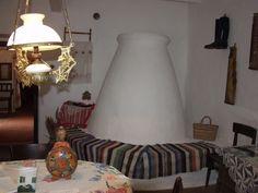 Tájház - szobabelső búboskemencével
