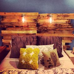 Upcycled pallet headboard.