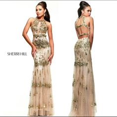 I wish i can go to prom again! Style 9714 by Sherri Hill