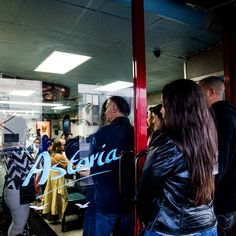 Until recently, Astoria Seafood, at 33rd Street and 37th Avenue in Long Island City, was mostly a market, with only a single cement table for diners to gather for fish and chips. (Photo: Devin Yalkin for The New York Times)
