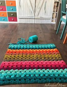 kriszdesign: Színre színt és így tovább...:-) Crochet Carpet, Crochet Home, Knit Crochet, Crochet Rug Patterns, Baby Knitting Patterns, Crochet Circles, Crochet Basics, Rug Hooking, Handmade Rugs