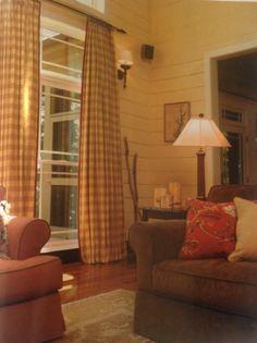 Laura Ramsey Furniture and Interiors | Lake Keowee Retreat. #lauraramseyinteriors #charleston #lake #keowee #house #home #decor #interior #design #furniture #portfolio #projects #style #magazine