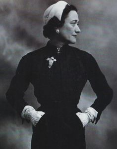 Wallis Simpson wearing her Prince of Wales brooch