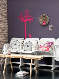 Lovely styling / cushions