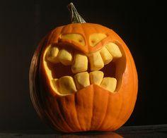 Grinning PUMPKIN by petern, via Flickr - halloween - jack-o'-lantern