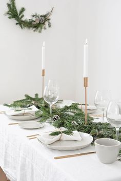 how to create a modern christmas tablescape