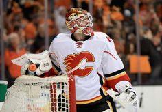 ANAHEIM, CA - APRIL 15: Brian Elliott #1 of the Calgary Flames looks on after Jakob Silfverberg #33 of the Anaheim Ducks scored a goal during the first period of Game Two of the Western Conference First Round during the 2017 NHL Stanley Cup Playoffs at Honda Center on April 15, 2017 in Anaheim, California. (Photo by Sean M. Haffey/Getty Images)