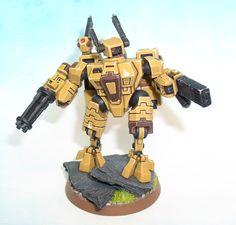 Tau Crisis Battlesuit XV-8