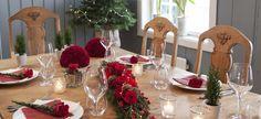 Nostalgisk landlig jul med rødt kombinert med natur og vintergrønt er ofte det vi tenker på når det gjelder julehøytiden. Vi gir deg tips.